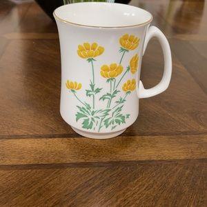 #1115 Crown Sterling New England Mug.